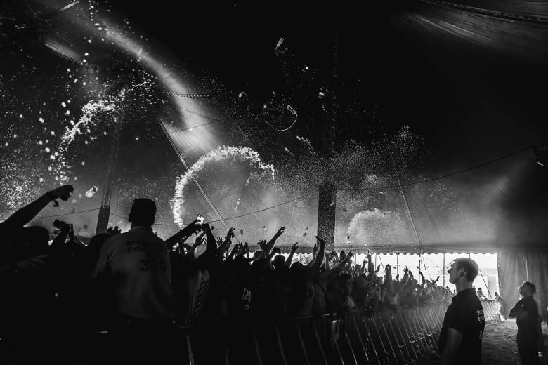 reading 2017 - - @jdshotyou - source jdshotyou.com